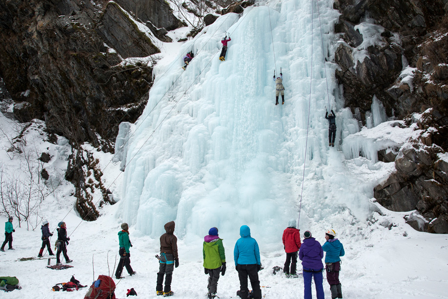Ice-Climbing-Festival-2015-Valdez-Alaska-Photo-copyright-Zan-Clanton-Photography
